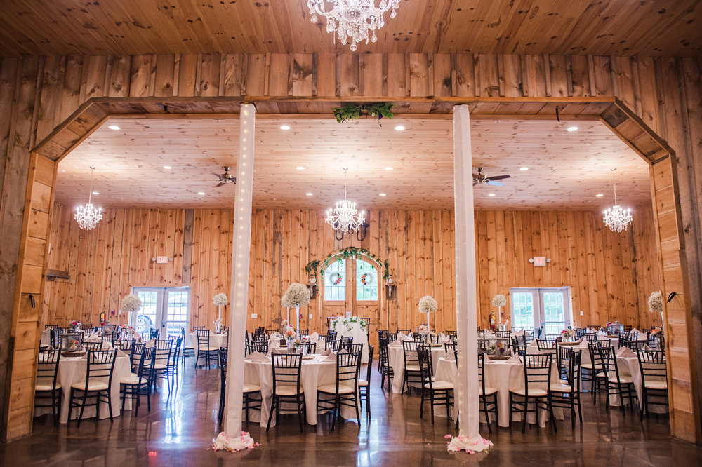 Wolf_Oak_Acres_Central_NY_Wedding_JILL_STUDIO_Rochester_NY_Photographer_DSC_8266.jpg