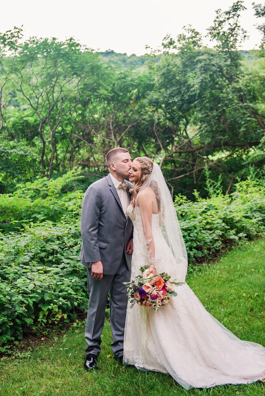 Wolf_Oak_Acres_Central_NY_Wedding_JILL_STUDIO_Rochester_NY_Photographer_DSC_8756.jpg