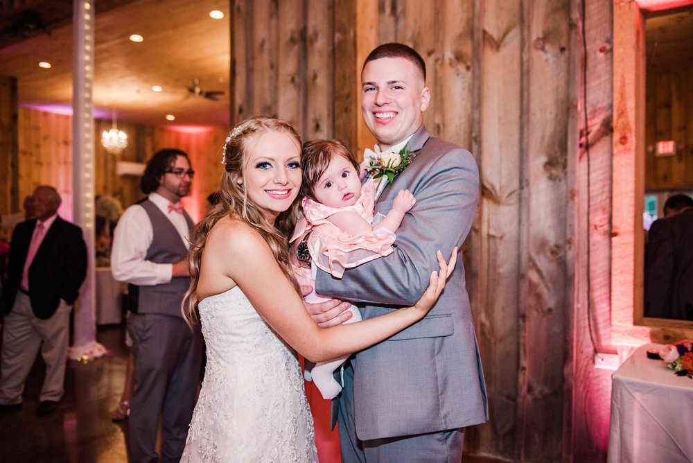 Wolf_Oak_Acres_Central_NY_Wedding_JILL_STUDIO_Rochester_NY_Photographer_DSC_9045.jpg