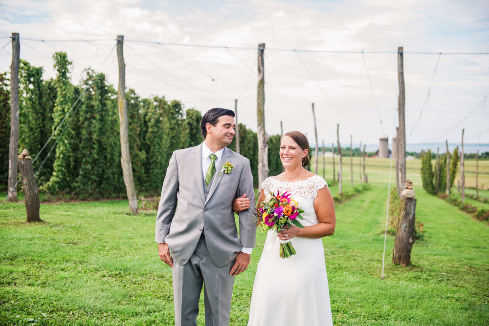 Climbing_Bines_Finger_Lakes_Wedding_JILL_STUDIO_Rochester_NY_Photographer_165611.jpg
