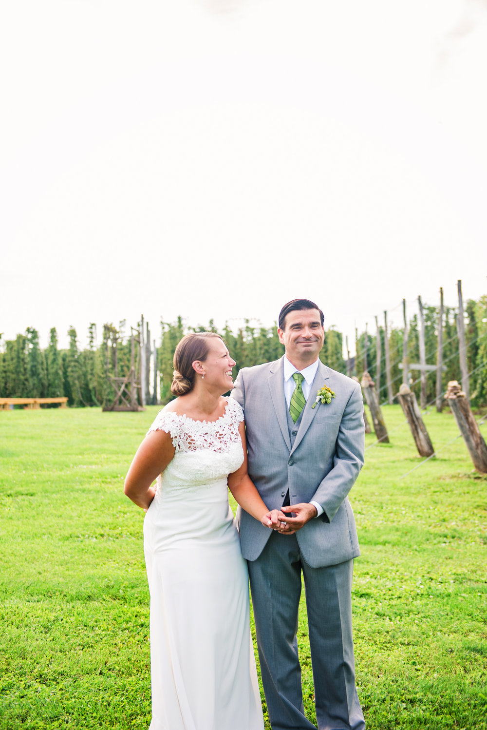 Climbing_Bines_Finger_Lakes_Wedding_JILL_STUDIO_Rochester_NY_Photographer_165759.jpg