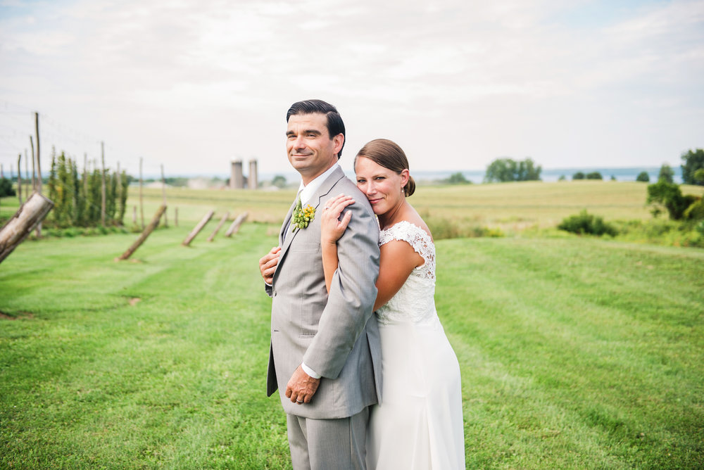 Climbing_Bines_Finger_Lakes_Wedding_JILL_STUDIO_Rochester_NY_Photographer_165823.jpg