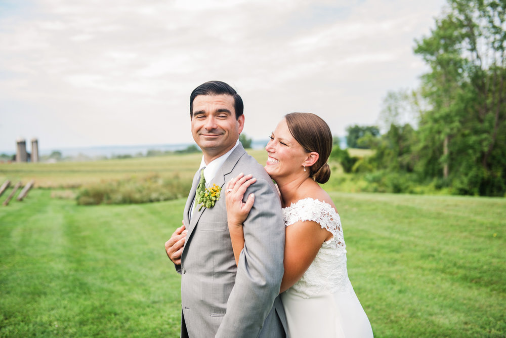 Climbing_Bines_Finger_Lakes_Wedding_JILL_STUDIO_Rochester_NY_Photographer_165836.jpg