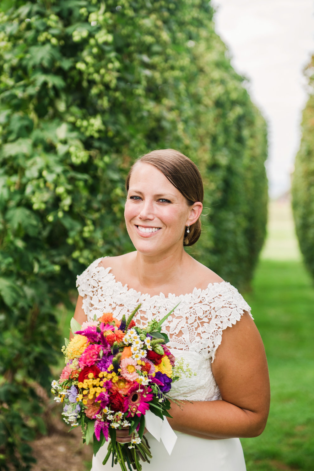 Climbing_Bines_Finger_Lakes_Wedding_JILL_STUDIO_Rochester_NY_Photographer_170156.jpg
