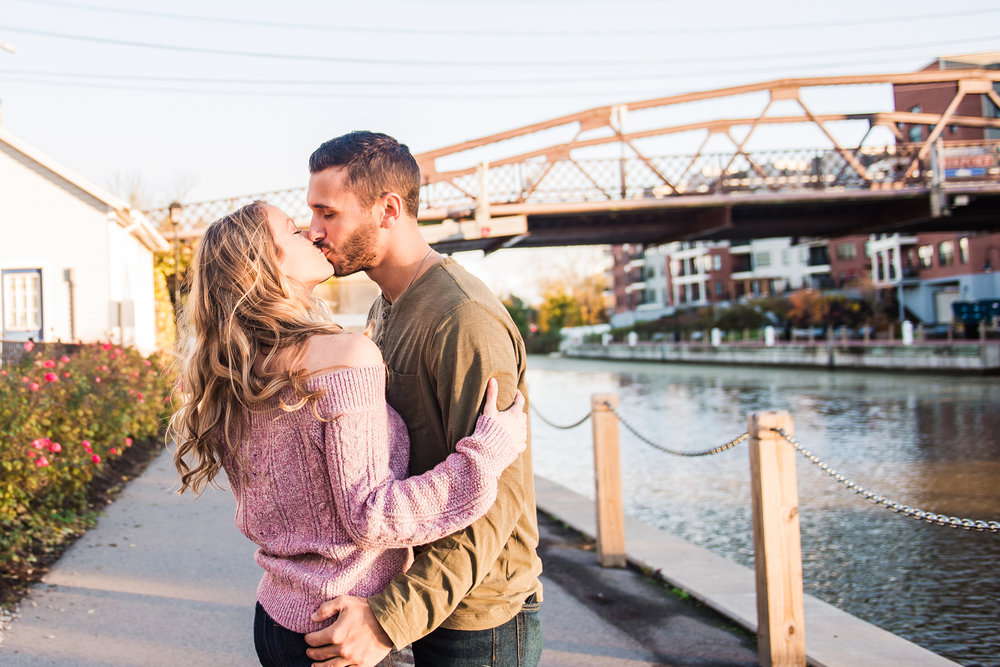 Village_of_Fairport_Rochester_Engagement_Session_JILL_STUDIO_Rochester_NY_Photographer_DSC_8550.jpg
