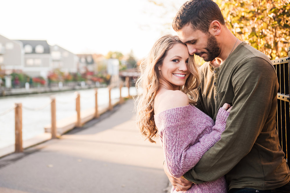 Village_of_Fairport_Rochester_Engagement_Session_JILL_STUDIO_Rochester_NY_Photographer_DSC_8615.jpg