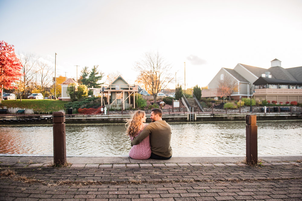 Village_of_Fairport_Rochester_Engagement_Session_JILL_STUDIO_Rochester_NY_Photographer_DSC_8618.jpg