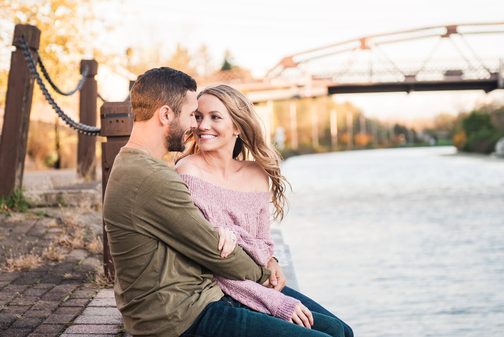 Village_of_Fairport_Rochester_Engagement_Session_JILL_STUDIO_Rochester_NY_Photographer_DSC_8629.jpg