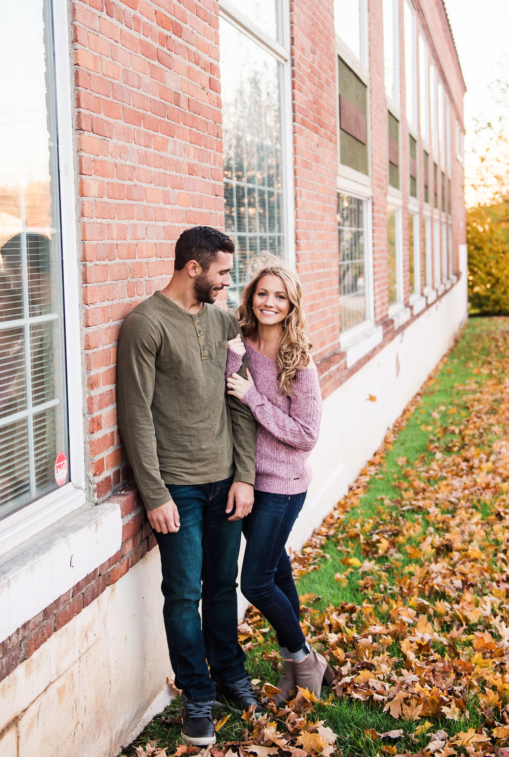 Village_of_Fairport_Rochester_Engagement_Session_JILL_STUDIO_Rochester_NY_Photographer_DSC_8655.jpg