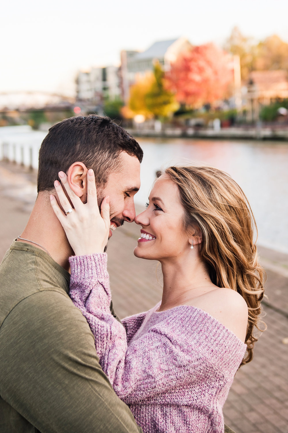 Village_of_Fairport_Rochester_Engagement_Session_JILL_STUDIO_Rochester_NY_Photographer_DSC_8717.jpg
