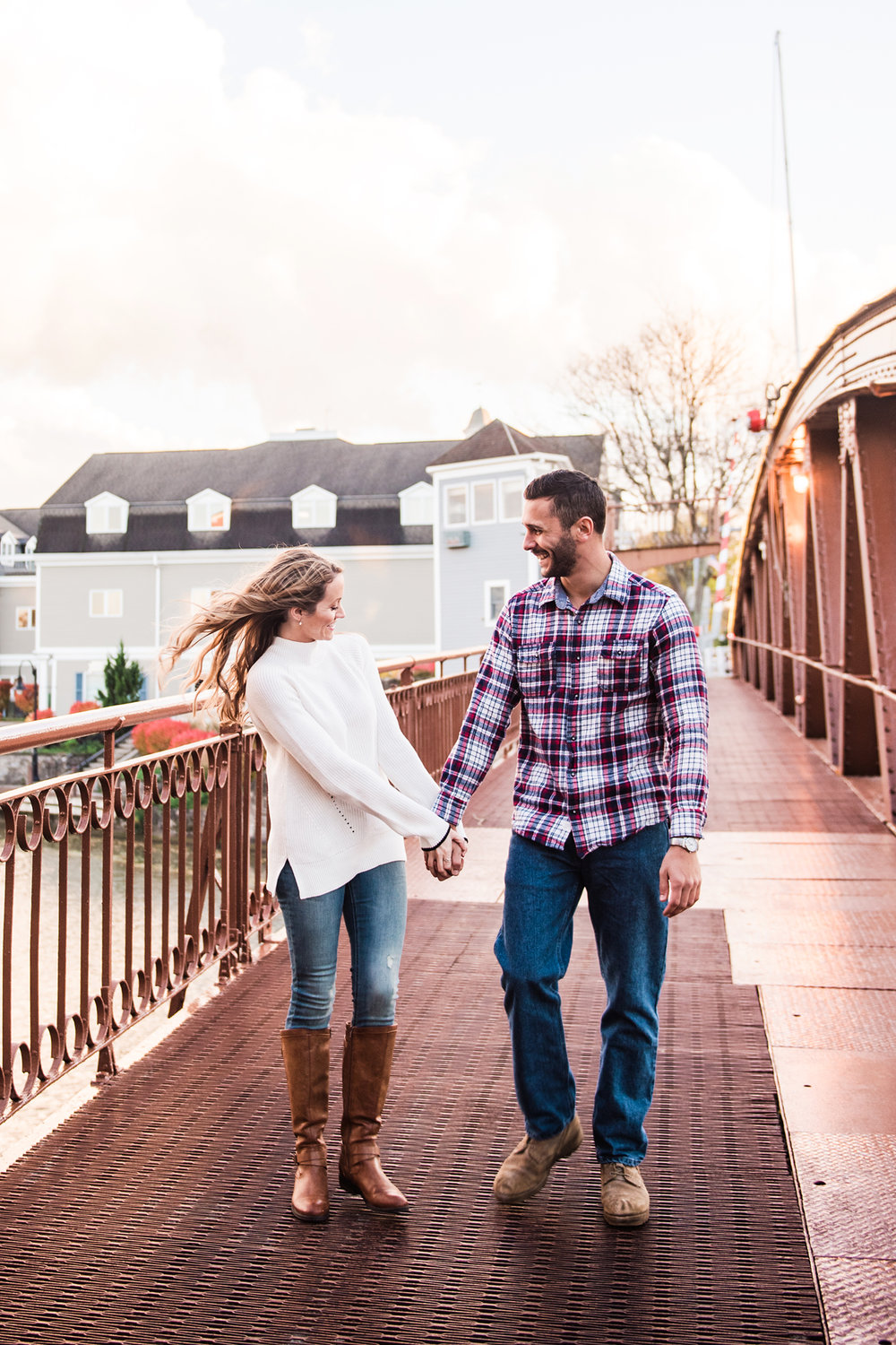 Village_of_Fairport_Rochester_Engagement_Session_JILL_STUDIO_Rochester_NY_Photographer_DSC_8797.jpg