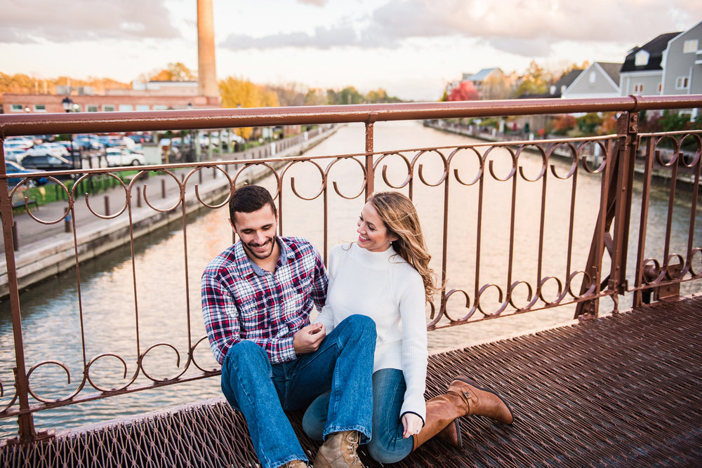 Village_of_Fairport_Rochester_Engagement_Session_JILL_STUDIO_Rochester_NY_Photographer_DSC_8823.jpg