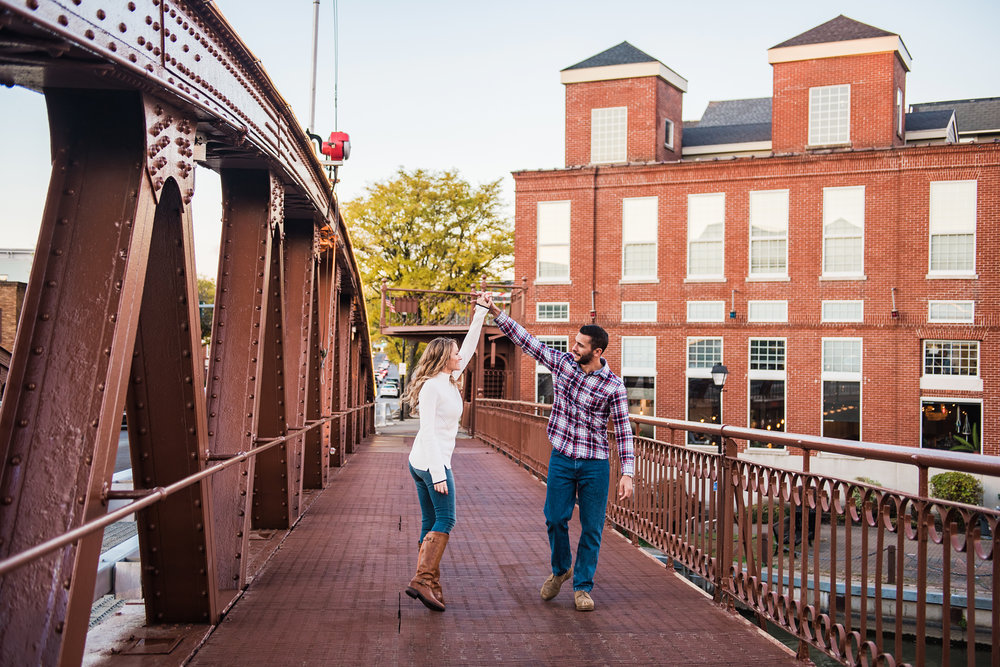 Village_of_Fairport_Rochester_Engagement_Session_JILL_STUDIO_Rochester_NY_Photographer_DSC_8849.jpg
