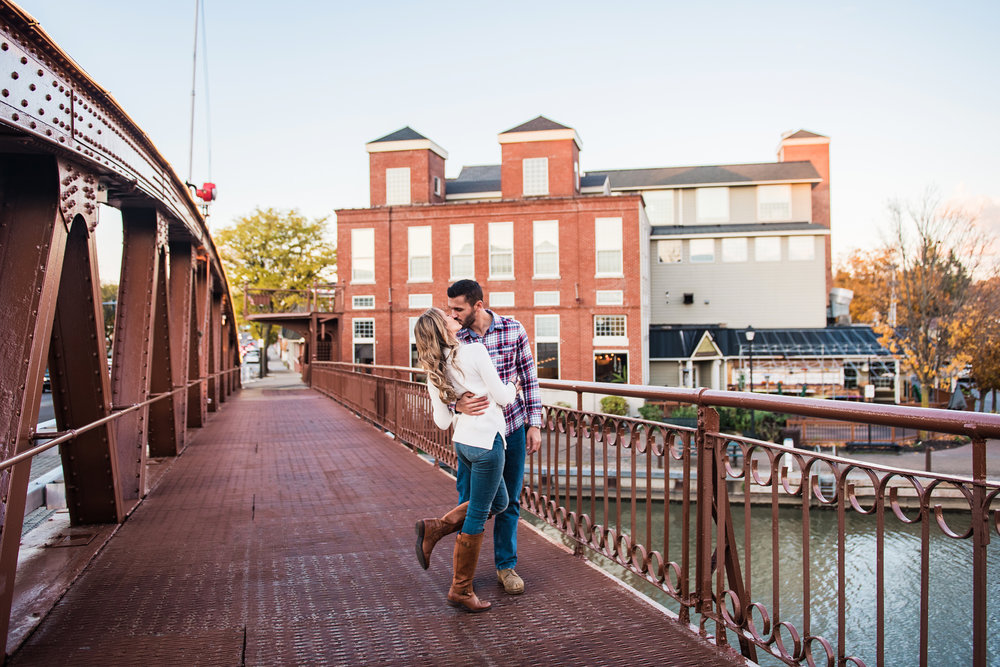 Village_of_Fairport_Rochester_Engagement_Session_JILL_STUDIO_Rochester_NY_Photographer_DSC_8851.jpg