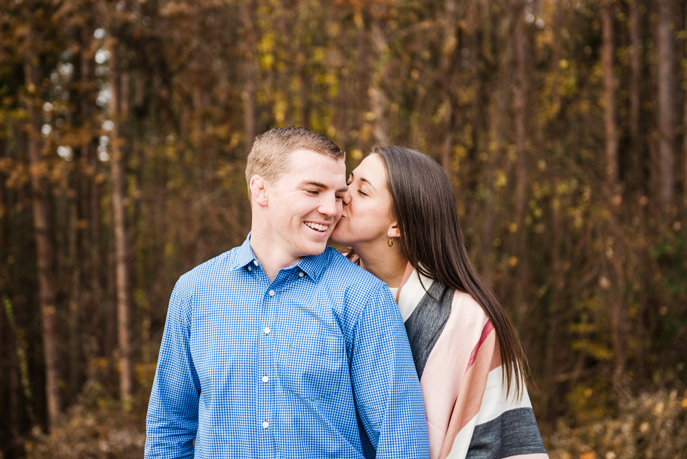 Mendon_Ponds_Park_Rochester_Engagement_Session_JILL_STUDIO_Rochester_NY_Photographer_DSC_0394.jpg