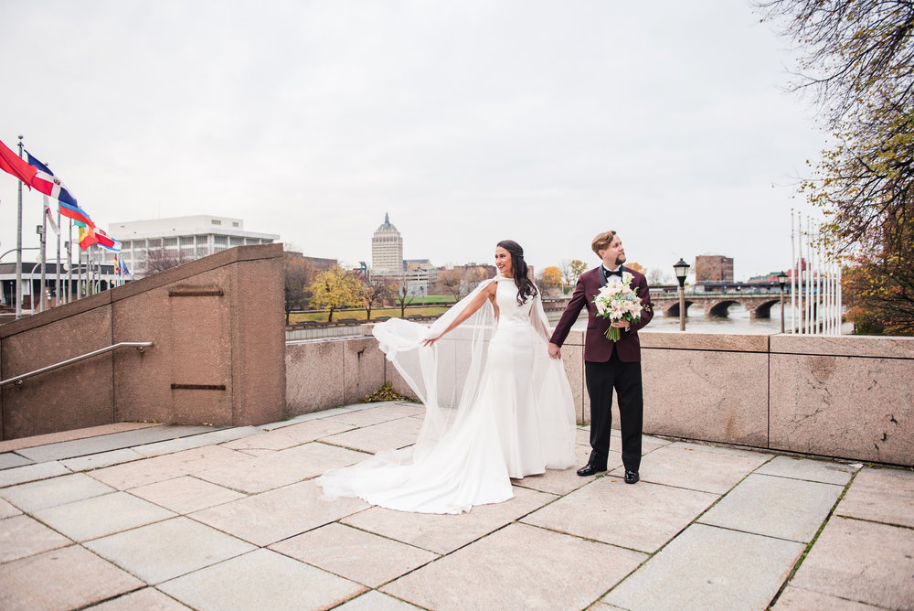 Wintergarden_by_Monroes_Rochester_Wedding_JILL_STUDIO_Rochester_NY_Photographer_163634.jpg