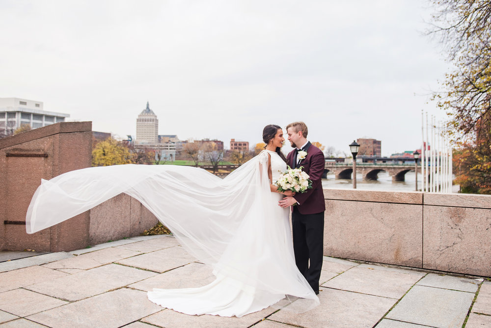 Wintergarden_by_Monroes_Rochester_Wedding_JILL_STUDIO_Rochester_NY_Photographer_163942.jpg