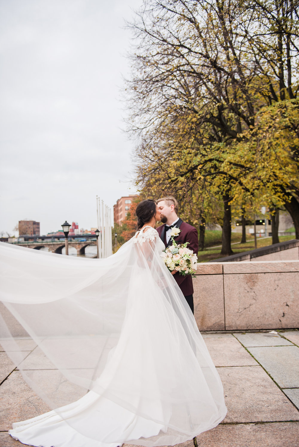 Wintergarden_by_Monroes_Rochester_Wedding_JILL_STUDIO_Rochester_NY_Photographer_164012.jpg