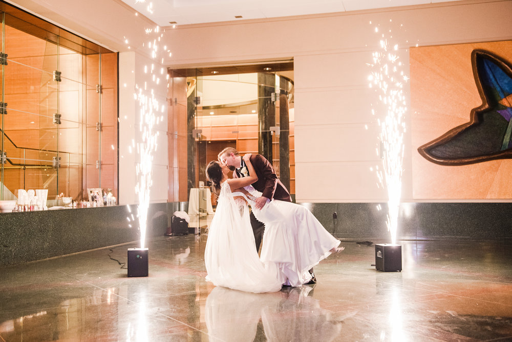 Wintergarden_by_Monroes_Rochester_Wedding_JILL_STUDIO_Rochester_NY_Photographer_202436.jpg