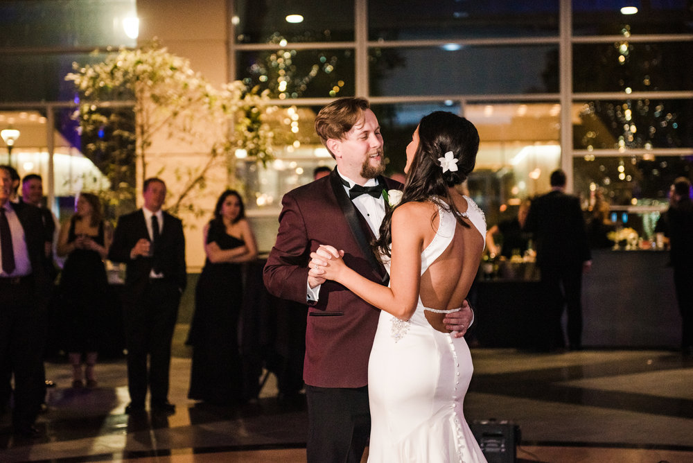 Wintergarden_by_Monroes_Rochester_Wedding_JILL_STUDIO_Rochester_NY_Photographer_214534.jpg