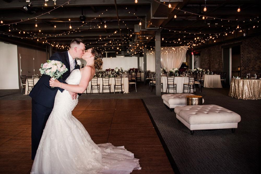 JILL_STUDIO_Wedding_JILL_STUDIO_Rochester_NY_Photographer_6-DSC_2539.jpg