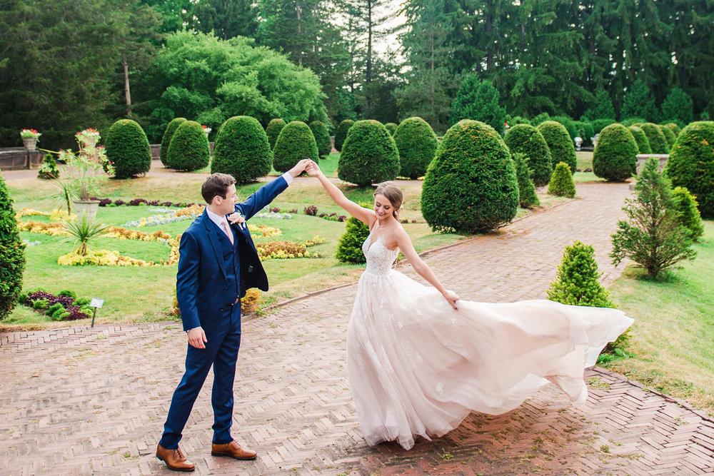 JILL_STUDIO_Wedding_JILL_STUDIO_Rochester_NY_Photographer_12-Sonnenberg_GardensFinger_Lakes_Wedding_JILL_STUDIO_Rochester_NY_Photographer_165318.jpg