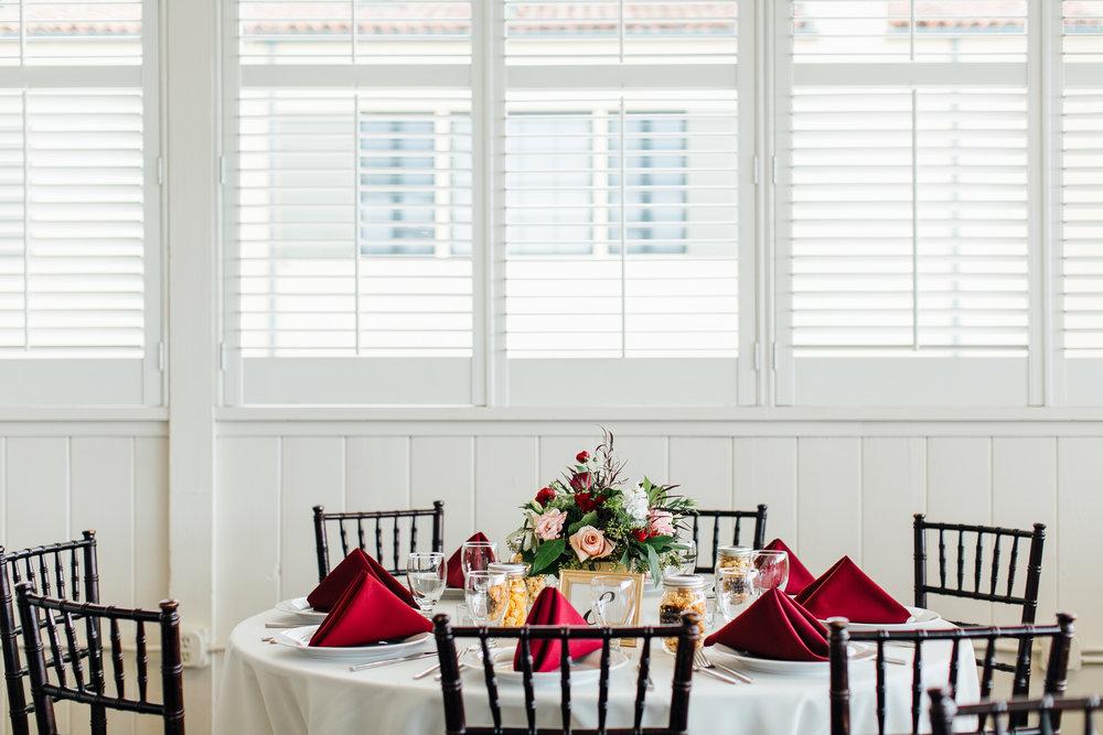 m-b-malibu-west-beach-club-wedding-table