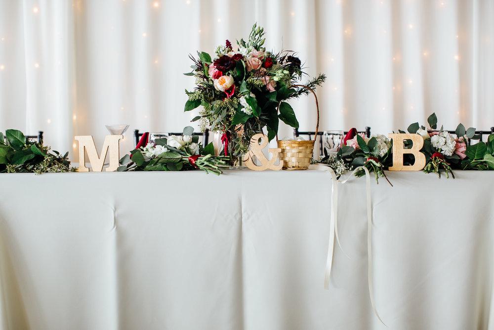 malibu-wedding-sweetheart-table