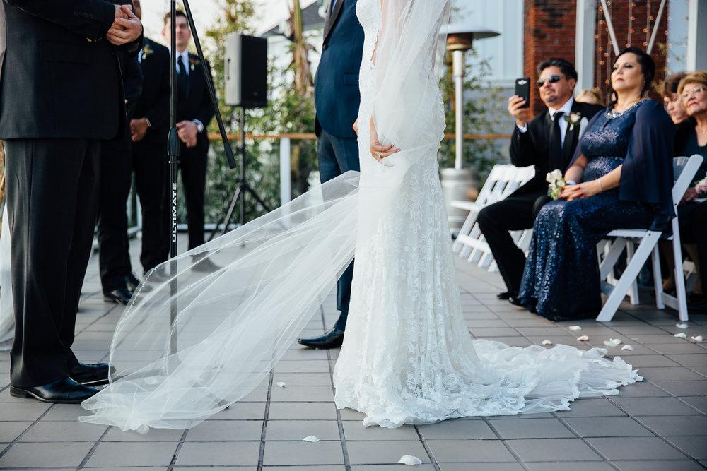 m-b-malibu-west-beach-club-wedding-veil-detail