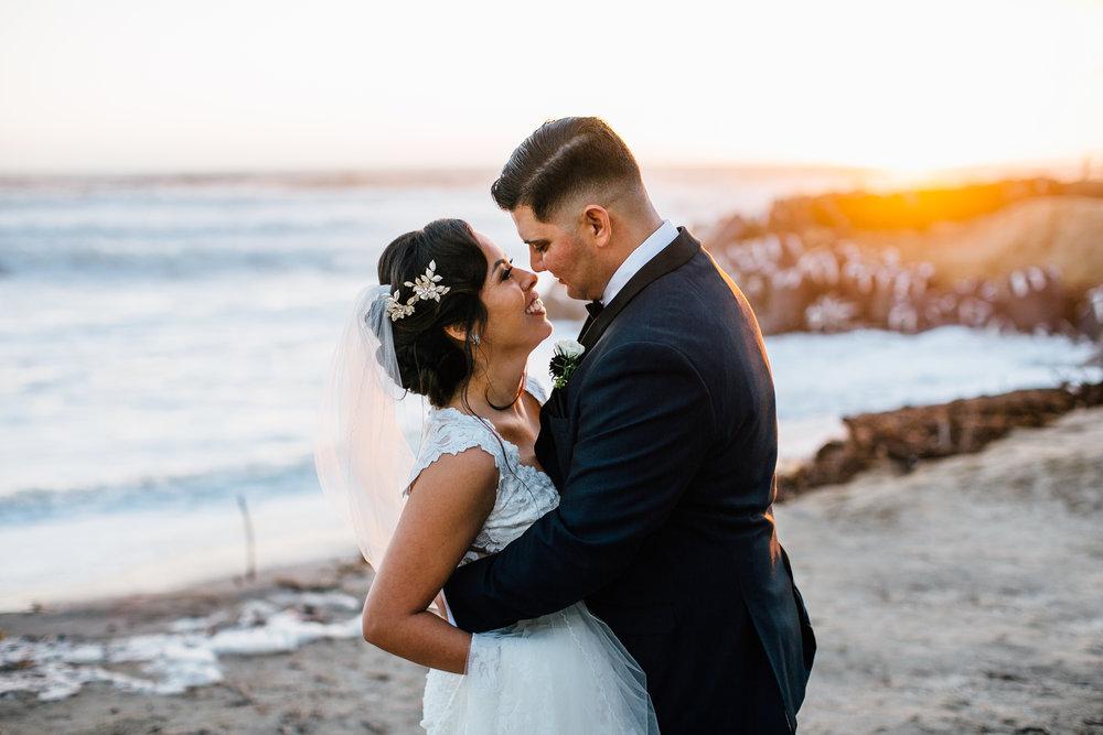 m-b-malibu-west-beach-club-wedding-couples-portrait-afar