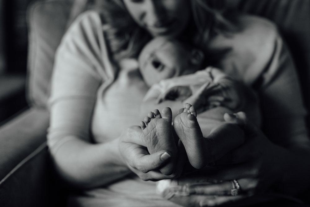 Newborn_Cassie&Todd_6D_20150329_437-87.jpg