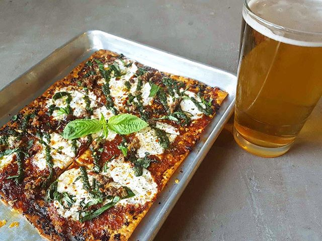 Looking for a new happy hour spot? Check out our HAPPIEST HOURS! Tue-Fri, 3-7pm. Flatbreads, appetizers, and drink specials! Choose a brew from @sonomacider @sonomaspringsbrewing or @bearrepublic and 15% will go to #sonomacounty fire relief. #happyhour #walpublicmarket