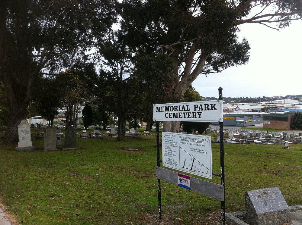 Memorial_Cemetery1.JPG