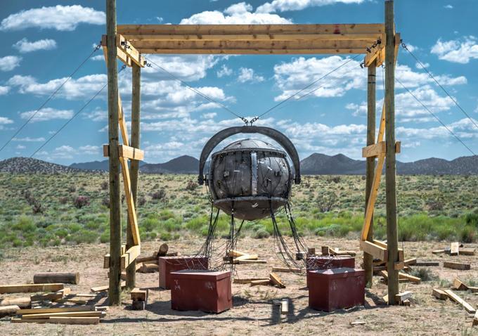Sam Shaw and Manhattan's atomic bomb.
