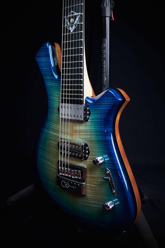 Guitarra Vimana hecha en el taller Gonzalez Luthiers. Otro tipo de joyería :)