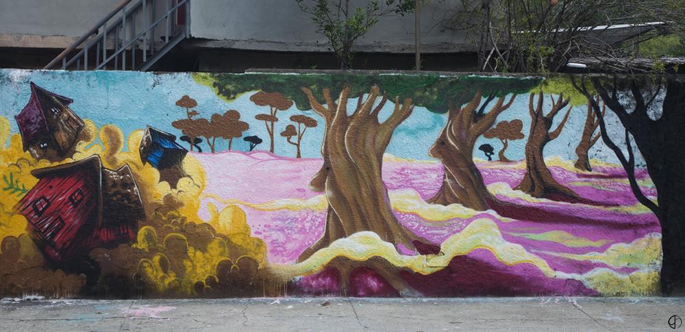 As árvores representam as famílias e suas raízes no local (clique para aumentar).