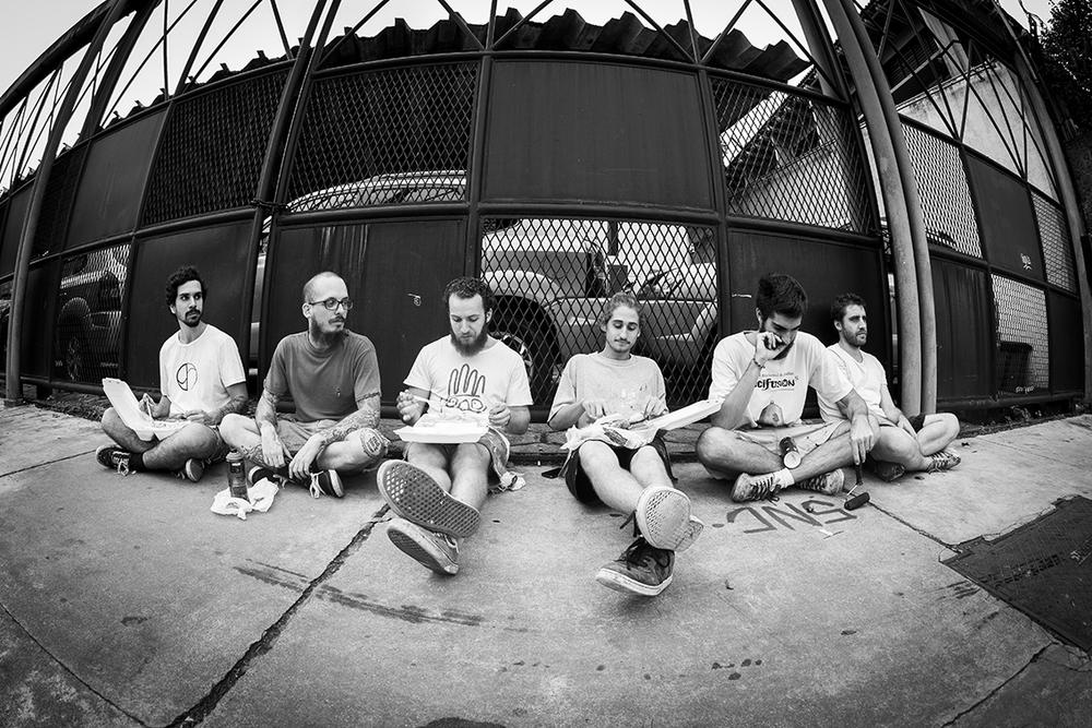 Heitor, Hugo, Pedro, Ted, Ton e Felipe. Faltou o Zissu. Foto da Bruca (clique para aumentar).