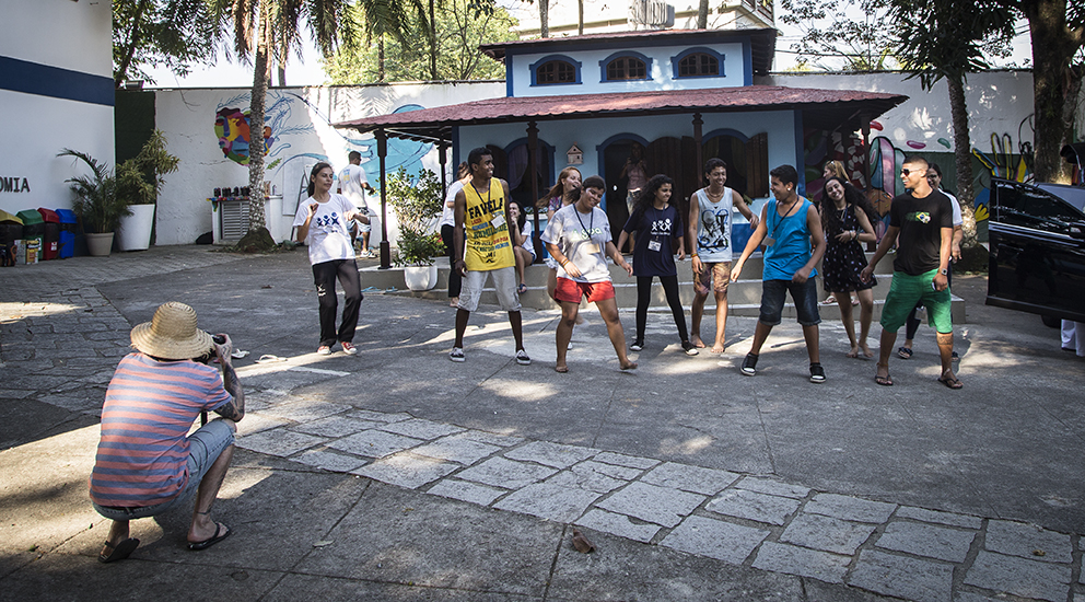 Registrando a turma do hip hop. Foto Bruca Muniz (clique para aumentar).