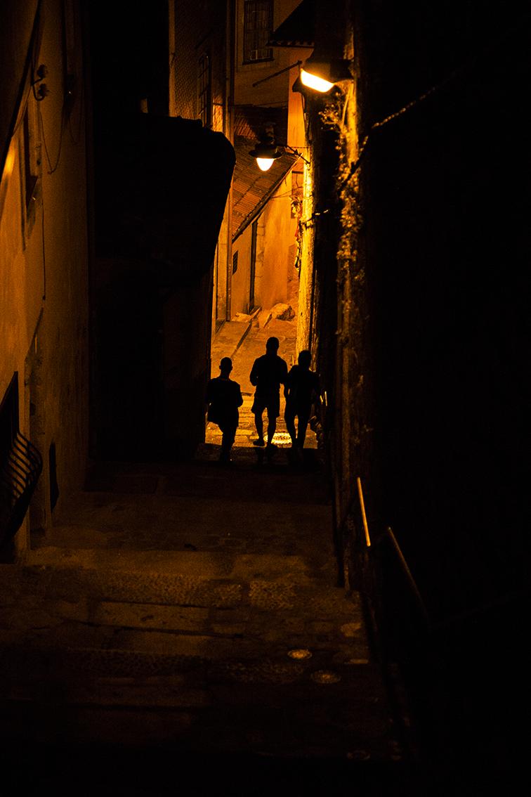 Vielinha que desce pra Ribeira, descendo escaldados como se fosse Santa Teresa.
