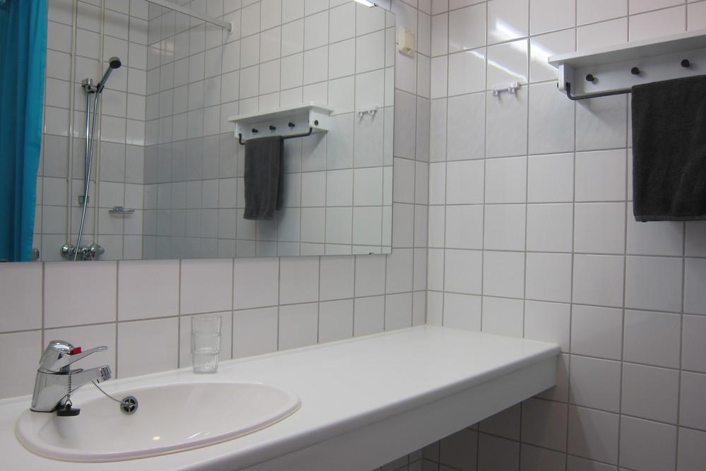 Kaikissa huoneissa omat kylpyhuoneet