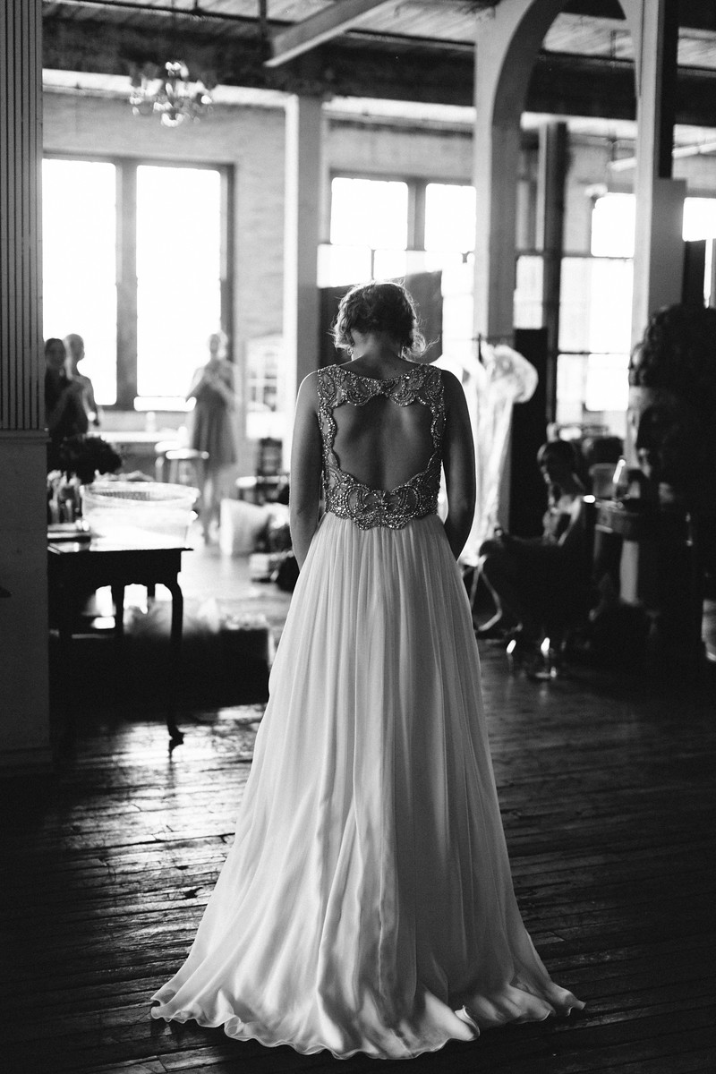 jennypackham_daphne_warehousewedding_brooklyn