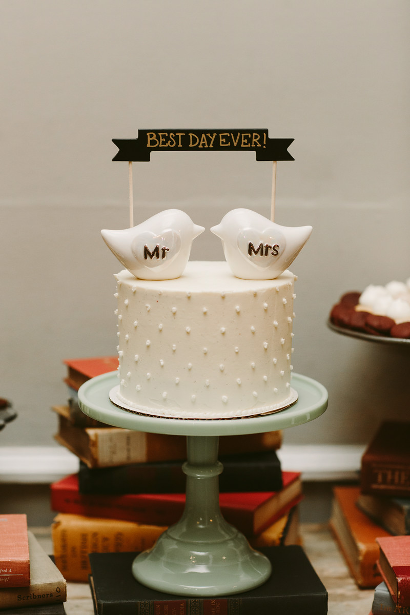 mr_andmrs_cake_birds