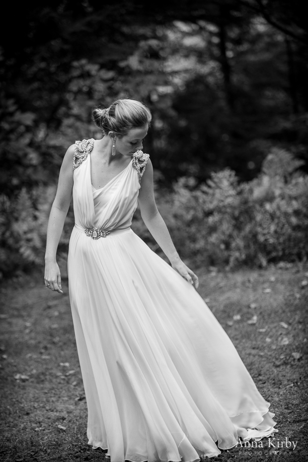 Jenny Packham Ivy - image by  Anna Kirby Photography