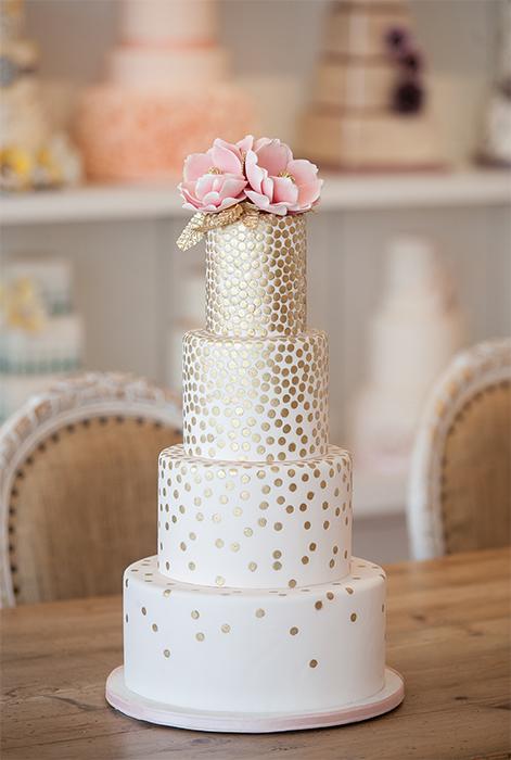 Cake via:  Bobbette & Belle