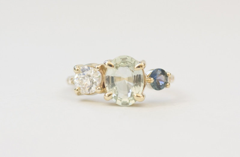 Cluster Ring available at Mocin