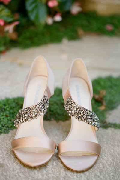 Image by Erin Hearts Court via Style Me Pretty