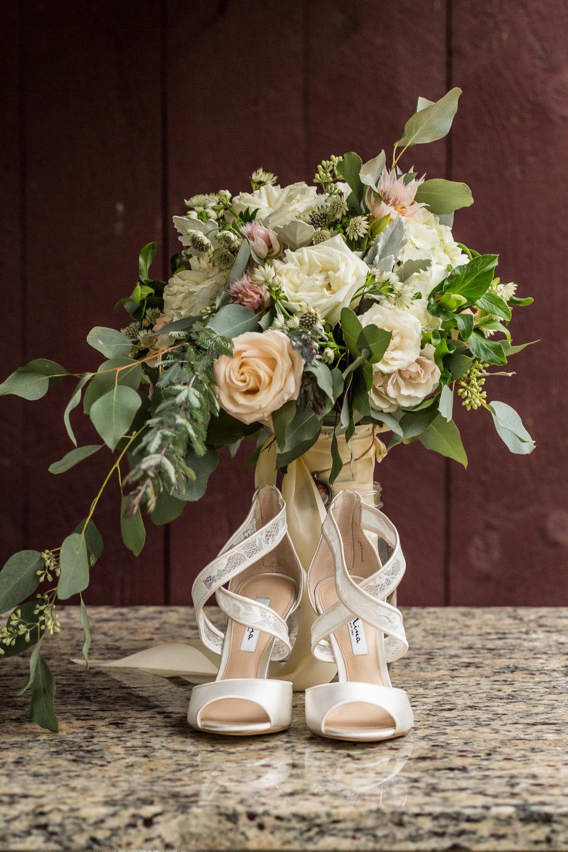 StephNick-Wedding-0014-lowres-CT-Vineyard-Wedding.jpg