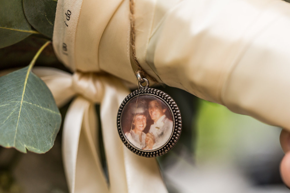 StephNick-Wedding-0012-lowres-CT-Vineyard-Wedding.jpg