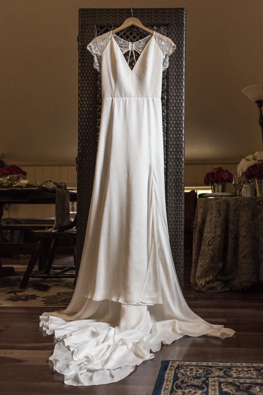StephNick-Wedding-0020-lowres-CT-Vineyard-Wedding.jpg