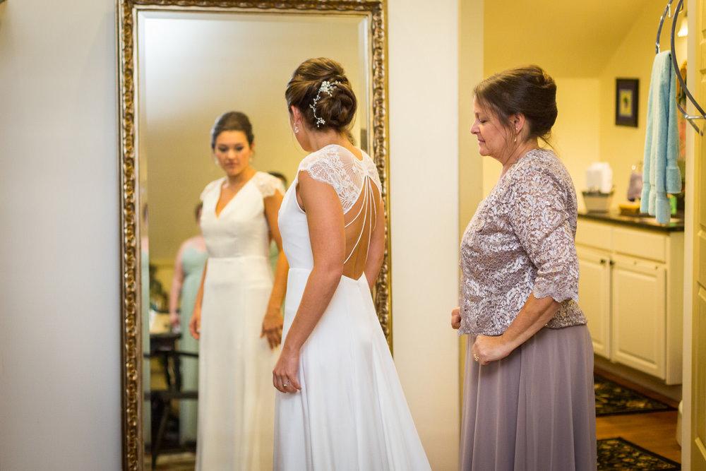 StephNick-Wedding-0045-lowres-CT-Vineyard-Wedding.jpg
